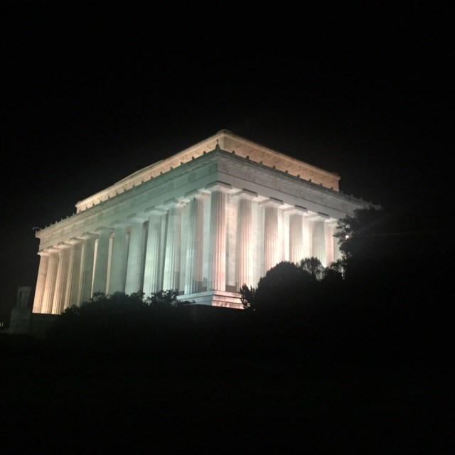 The Lincoln Memorial at night shines bright like a diamond!